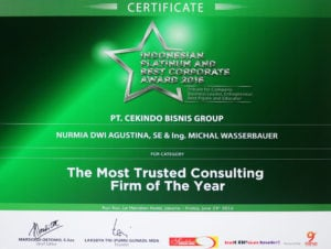 indonesian-platinum-and-best-corporate-award-2016_cekindo