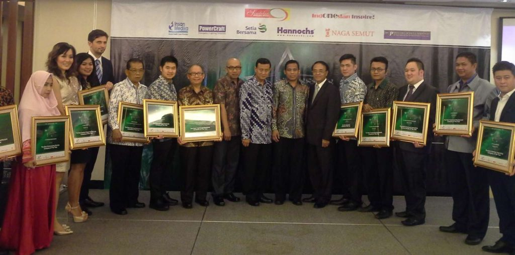 indonesian-platinum-and-best-corporate-award-2016_pic