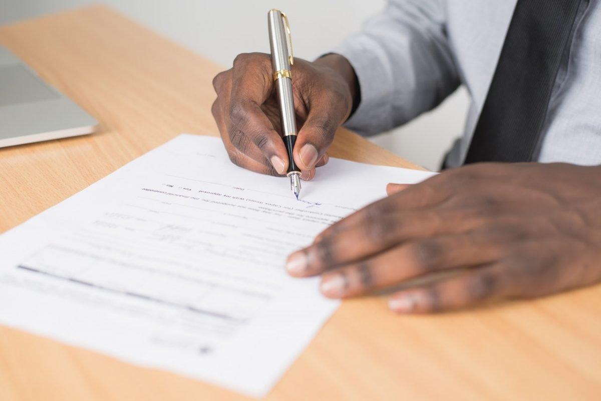 kontrak komersial di indonesia
