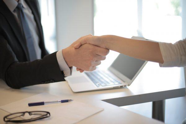 konsultan bisnis dan hukum indonesia