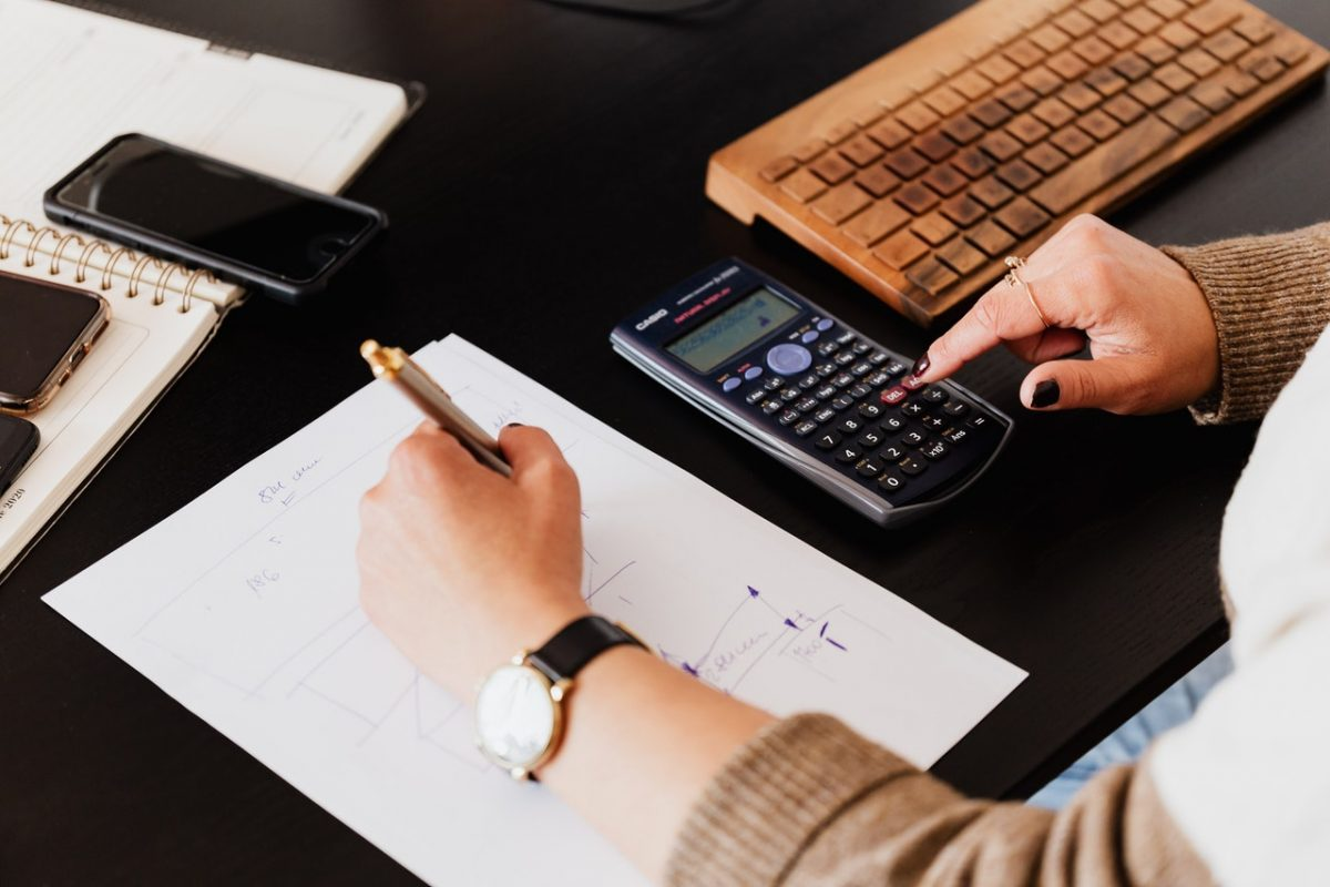 outsourcing akuntansi untuk bisnis