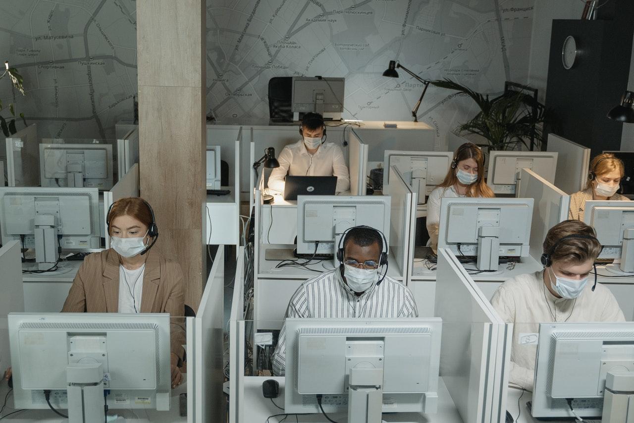 Outsourcing Call Center di Indonesia untuk Efektivitas
